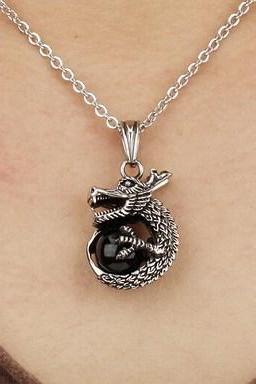 Men, women retro trend style dragon personality titanium steel necklac